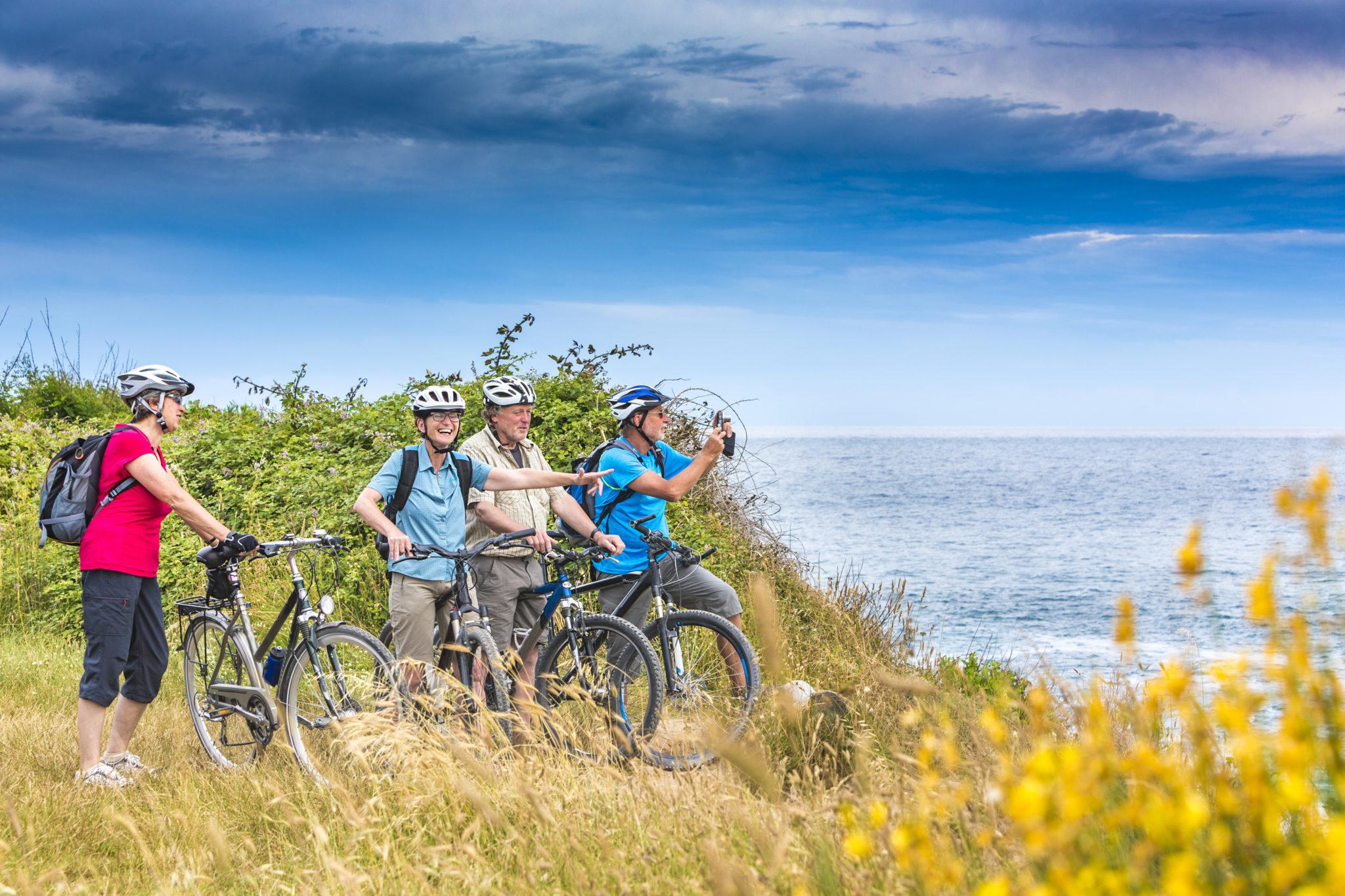 Seniors et cyclisme - vélo - découverte - Bazile Telecom