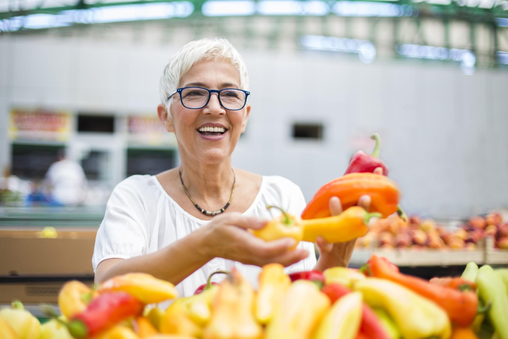 Alimentation seniors - bonne santé - Femme alimentation - Bazile Telecom